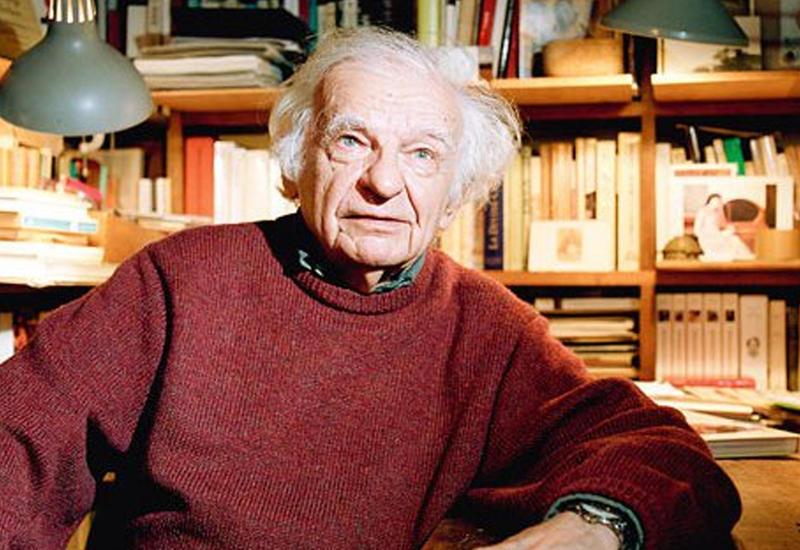 Умер известный французский поэт