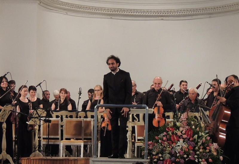 """Мурад Ибрагимов и Гюнель Кязымова произвели фурор на сцене Филармонии <span class=""""color_red"""">- ФОТО</span>"""