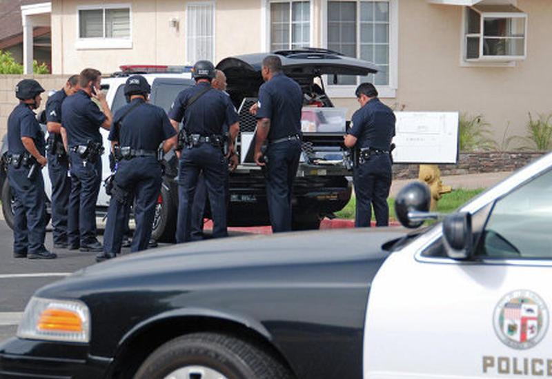 """В США неизвестный убил полицейского <span class=""""color_red"""">- ОБНОВЛЕНО</span>"""