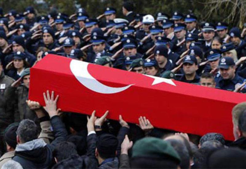 Боевики убили 8 турецких военных, 25 раненых