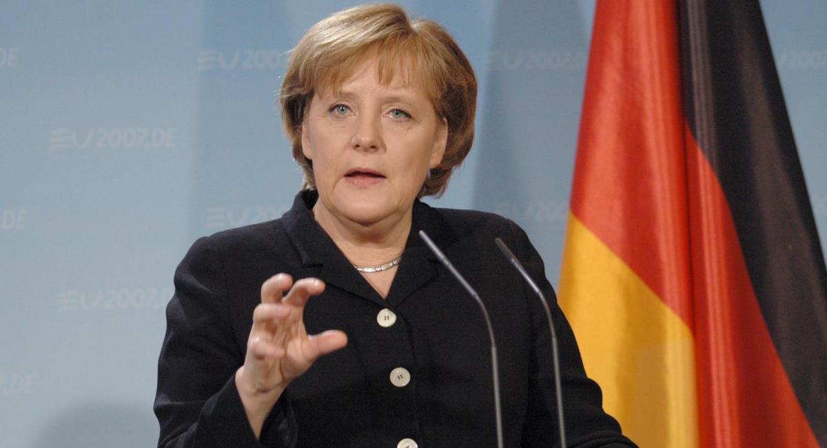 ЕСокажет Турции финансовую помощь поприему беженцев— Меркель
