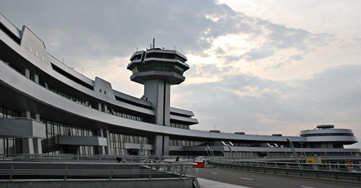 Вминском аэропорту столкнулись самолеты