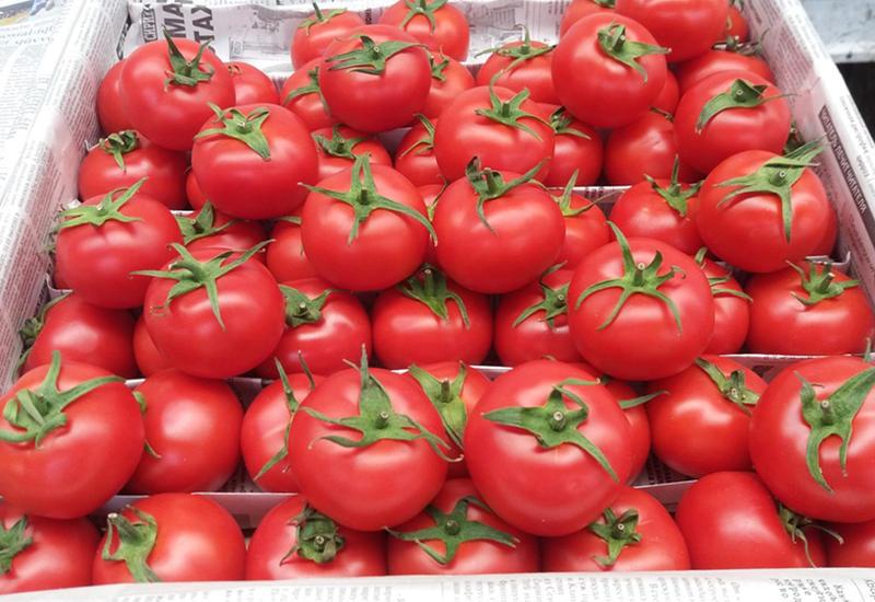 Газахские помидоры довели женщину до больницы