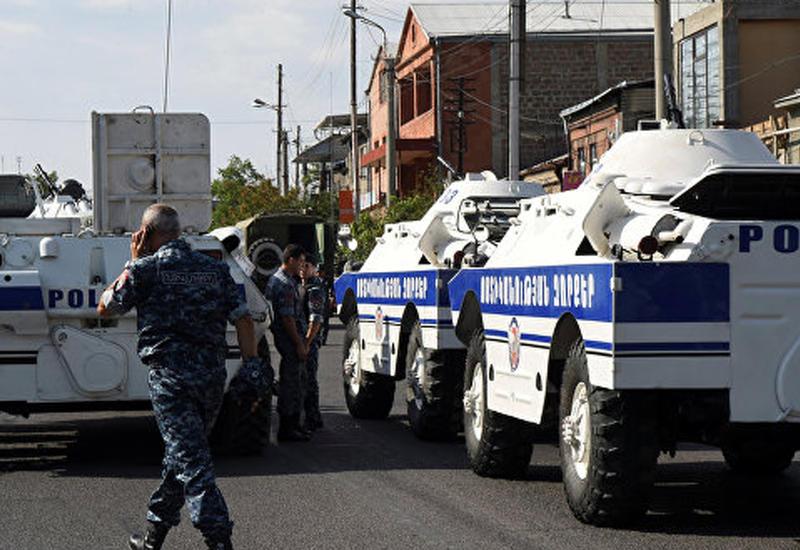 """Мятежники в Ереване не намерены сдаваться <span class=""""color_red"""">- ПОДРОБНОСТИ </span>"""