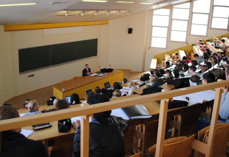 Госкомиссия просит студентов поторопиться