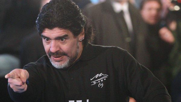 Марадона готов бесплатно работать сосборной Аргентины пофутболу