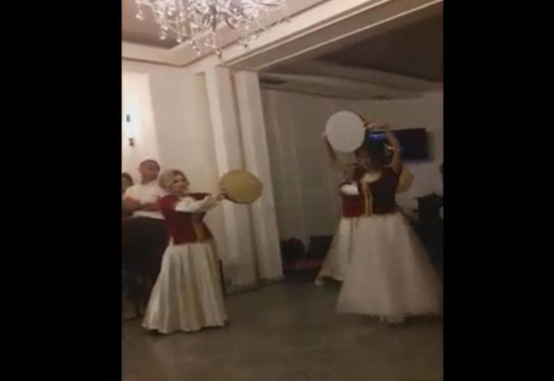 """Азербайджанский танец невесты на грузинской свадьбе произвел фурор <span class=""""color_red"""">- ВИДЕО</span>"""
