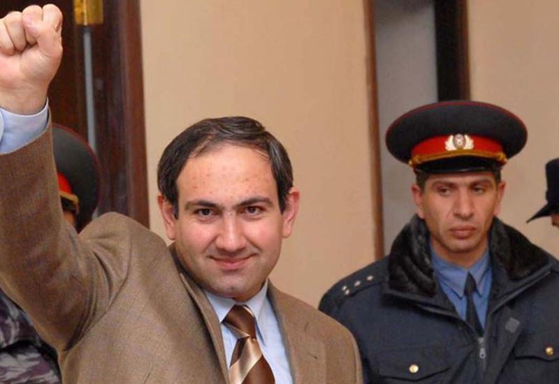 Власти в панике - у протестов в Ереване появился предводитель