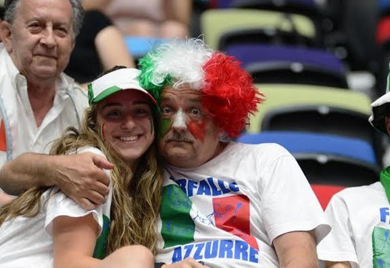 """Болельщик из Италии: Благодарим Азербайджан за высокую организацию Кубка мира по художественной гимнастике <span class=""""color_red"""">- ФОТО</span>"""
