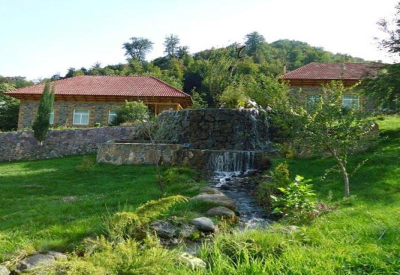 Азербайджанцы предпочитают отдых на Родине