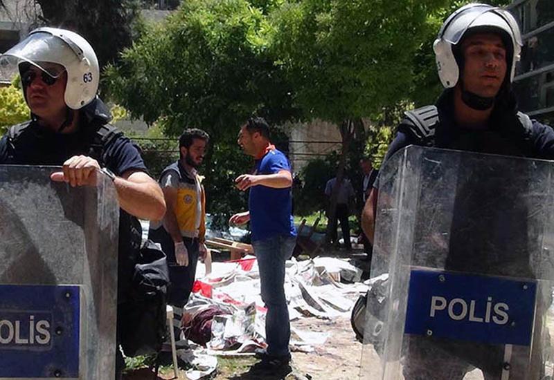 Новый теракт в Турции: погибли полицейские
