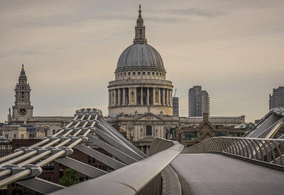 """Не хватает только зомби: как выглядит Лондон в предрассветные часы <span class=""""color_red"""">- ФОТО</span>"""