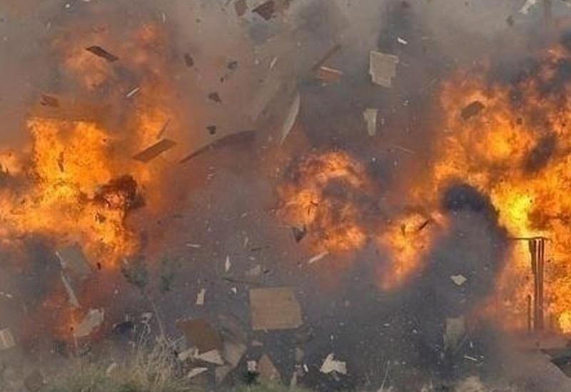"""Мощные взрывы у аэропорта в Сомали <span class=""""color_red"""">- ВИДЕО</span>"""