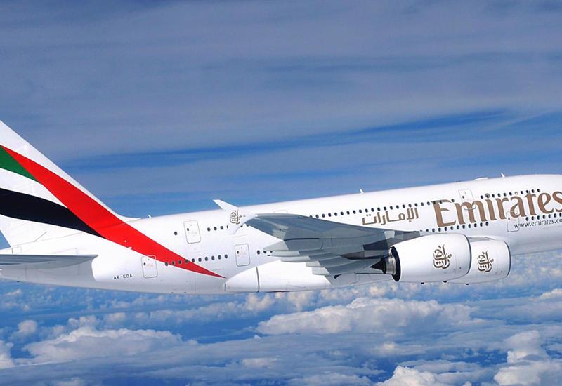 ЧП на борту самолета Emirates