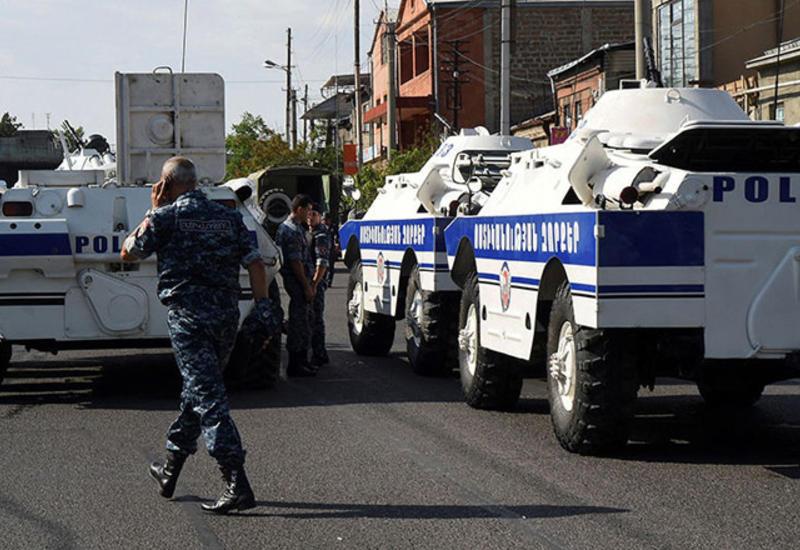 Вооруженная группа в Ереване открыла беспорядочный огонь