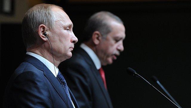 Эрдоган желает перевестиВС иразведку под контроль президента