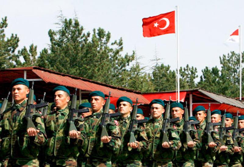 Десятки военных в Турции получили звание генерала