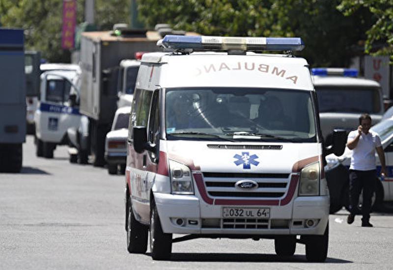 Минздрав отказывается отправлять врачей террористам в Ереване