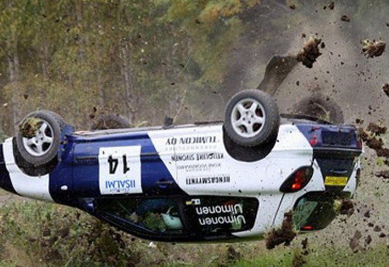"""Серьезная авария в первый день гонок ралли Финляндии <span class=""""color_red"""">- ВИДЕО</span>"""