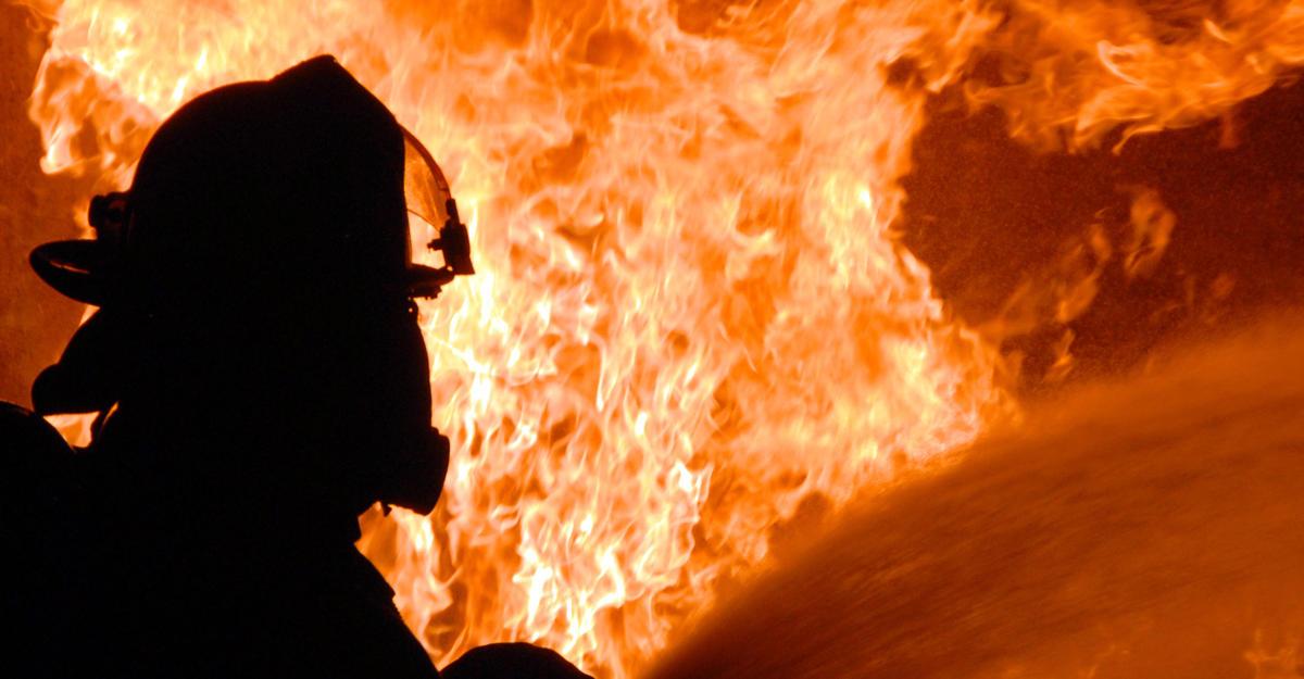 Возбуждено дело пофакту смерти 6-ти человек впожаре под Москвой
