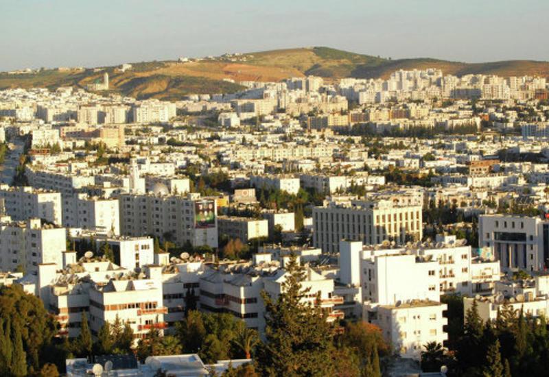 Парламент Туниса вынес вотум недоверия премьеру страны