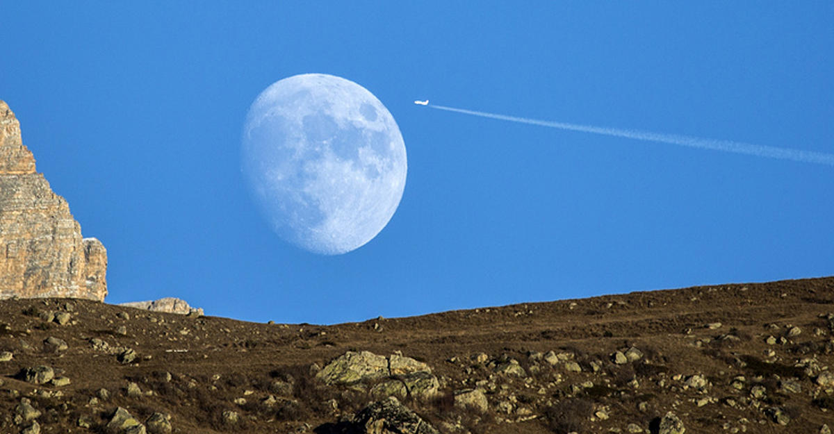 Первая частная компания получила разрешение на полет к Луне