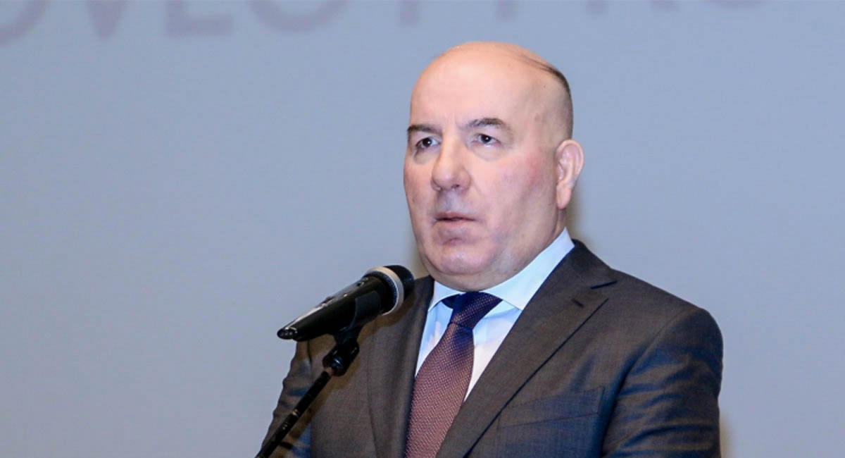 Elman Rüstəmov: Son 25 ildə manatın məzənnəsi cəmi 2 dəfə kəskin ucuzlaşıb
