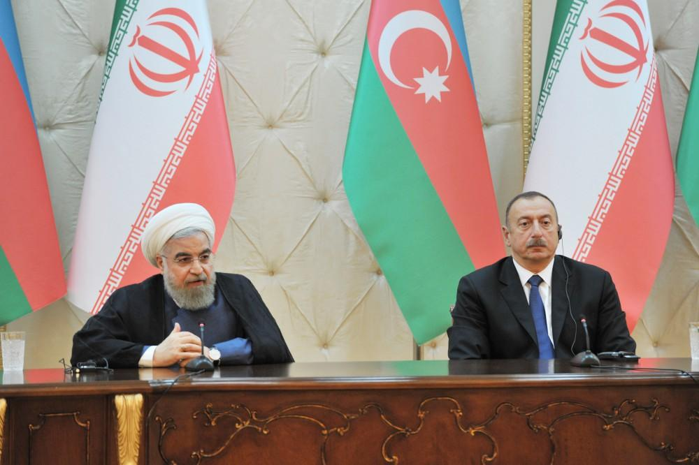 Президент Ирана прибыл вАзербайджан