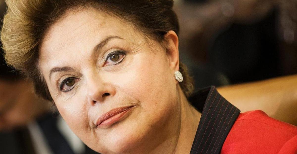 Сенат Бразилии проголосовал заначало импичмента Дилмы Русеф