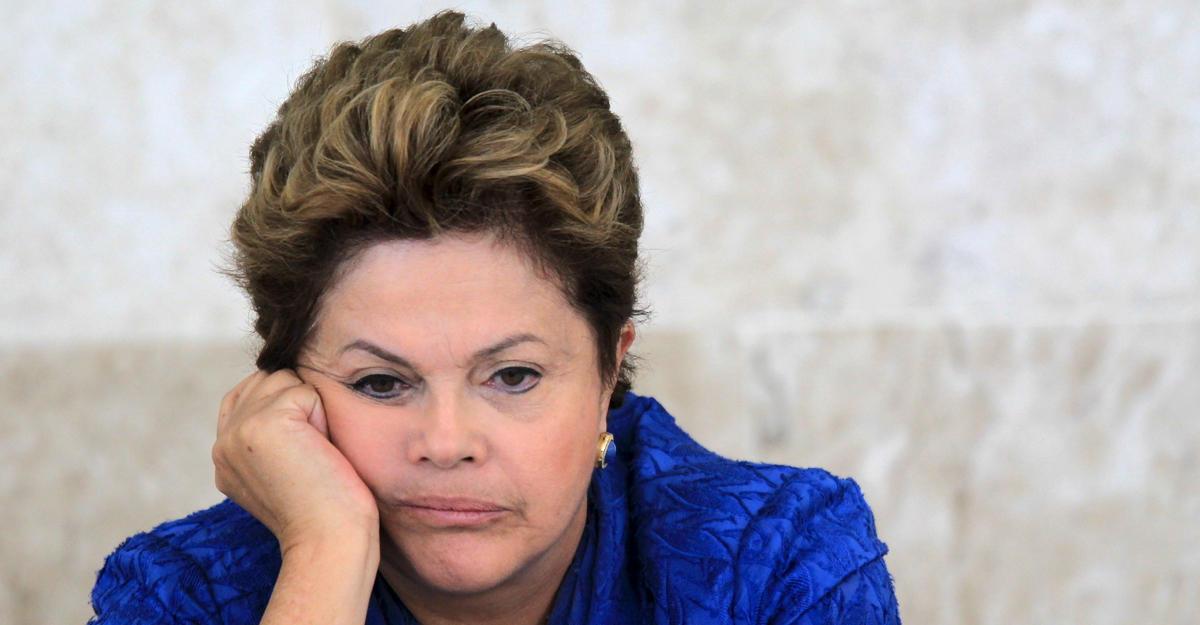 Сенат Бразилии принял решение опродолжении процедуры импичмента Дилмы Русеф