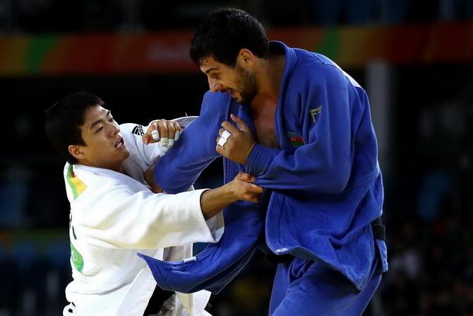 Боксер Матвийчук закончил борьбу заолимпийскую награду
