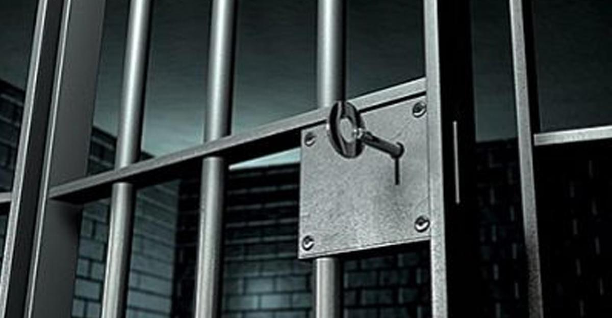 Власти Турции досрочно освободят почти 40 000 заключенных