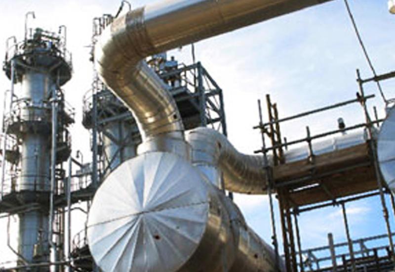 Азербайджан сократил добычу нефти