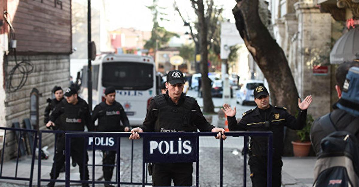 Власти Турции продлили режим чрезвычайного положения на90 дней