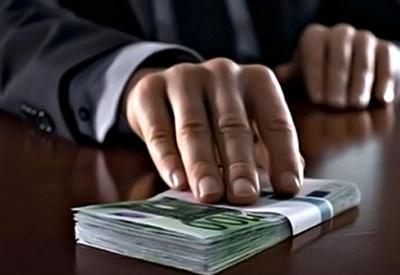 Политолог: борьба с коррупцией в Армении невозможна