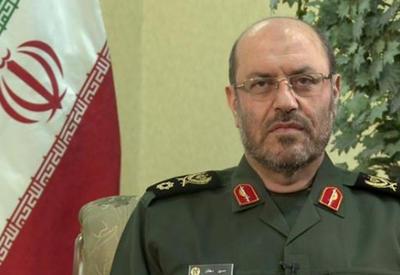 """Минобороны Ирана: Россия хочет """"покрасоваться"""" перед миром"""