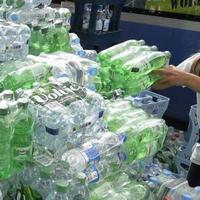 Паника в Германии: жители запасаются водой и едой