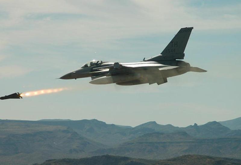 США нанесли авиаудары в районе Джараблуса в поддержку ВС Турции