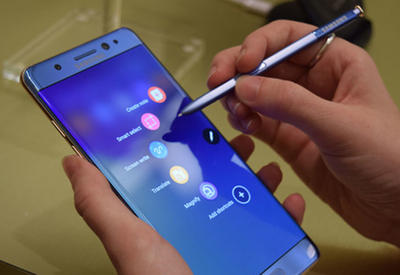 "Защитное стекло Galaxy Note 7 смогли легко поцарапать <span class=""color_red"">- ВИДЕО</span>"