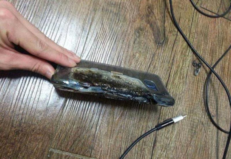 "Новейший Samsung взорвался во время зарядки <span class=""color_red"">- ФОТО</span>"
