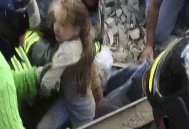 В Италии из-под развалин извлекли 238 живых людей