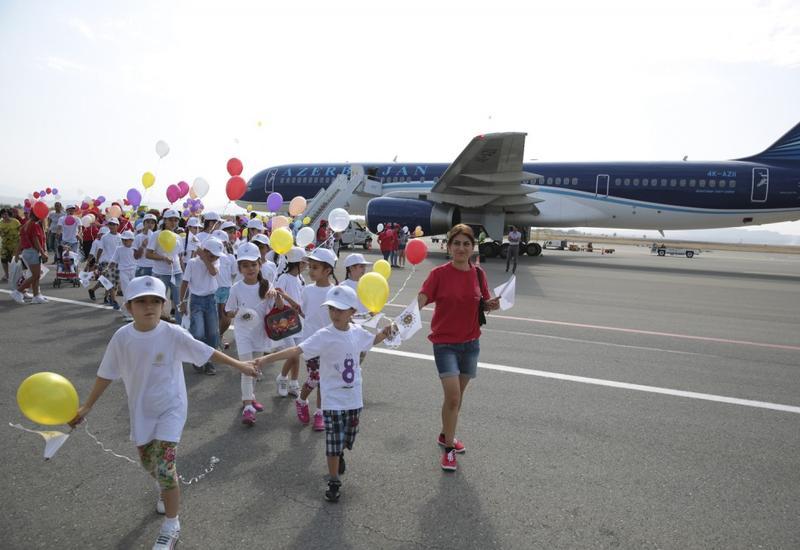 """Фонд Гейдара Алиева организовал в Габале программу отдыха для детей, лишенных родительской опеки, и отличившихся в учебе учащихся <span class=""""color_red"""">- ФОТО</span>"""