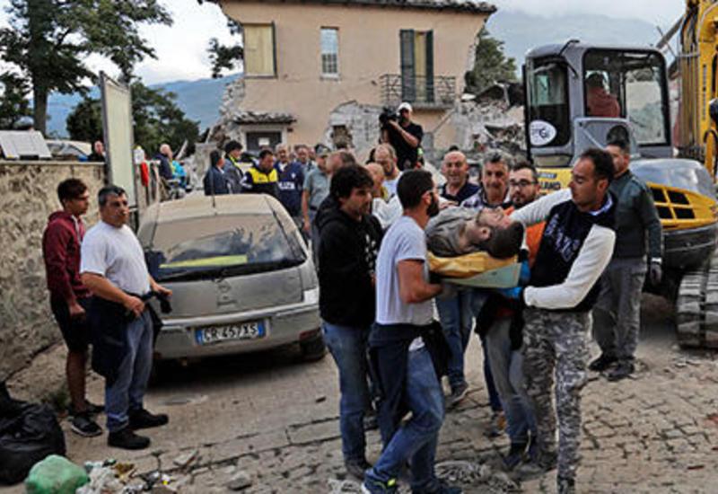 Число жертв разрушительного землетрясения в Италии возросло