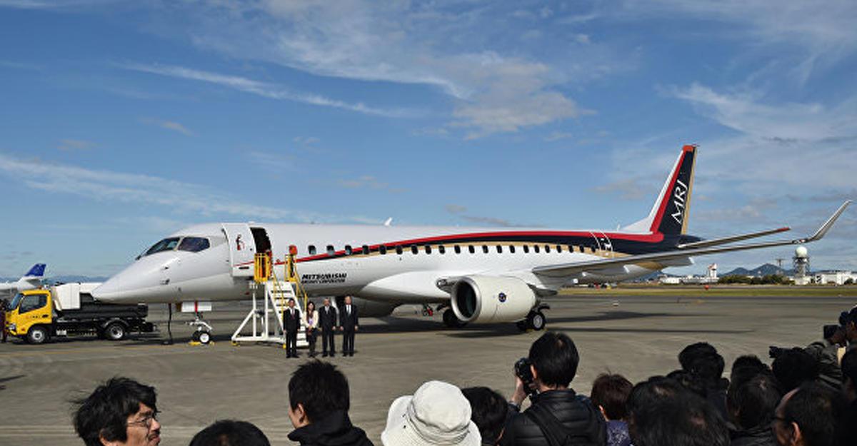 Тестовый полет первого японского пассажирского лайнера вСША отменили из-за сбоя