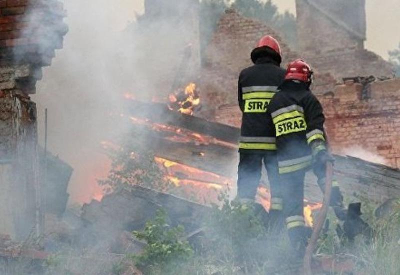 """Сильный пожар в Варшаве <span class=""""color_red"""">- ПОДРОБНОСТИ </span>"""