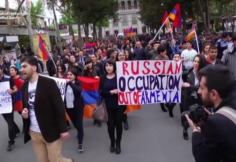"""Незаметный геноцид. Из Армении выдавливают русскоязычных <span class=""""color_red"""">- ПОДРОБНОСТИ</span>"""