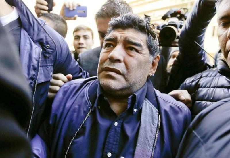 Марадону задержали с поддельным документами