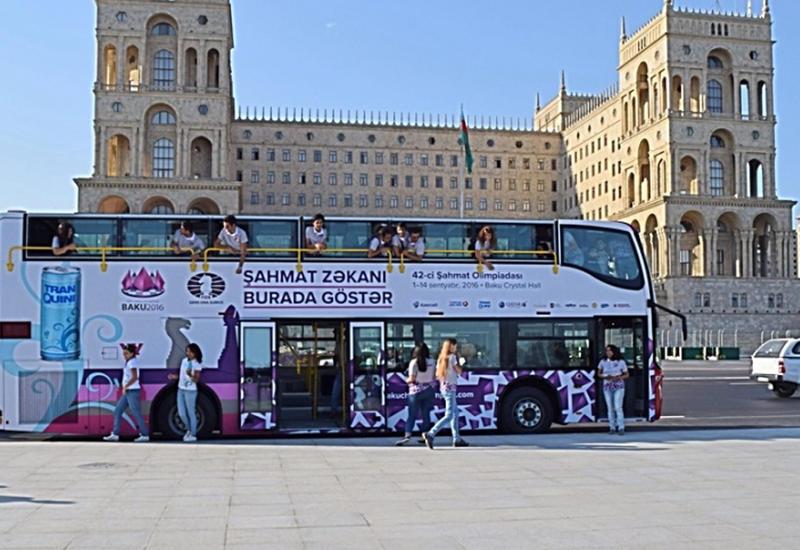 Bakıda şahmatlı avtobuslar istifadəyə verildi