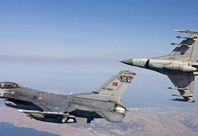 ВС Турции бомбят позиции боевиков