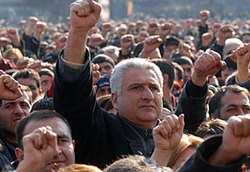 Армению ждет кровавый бунт